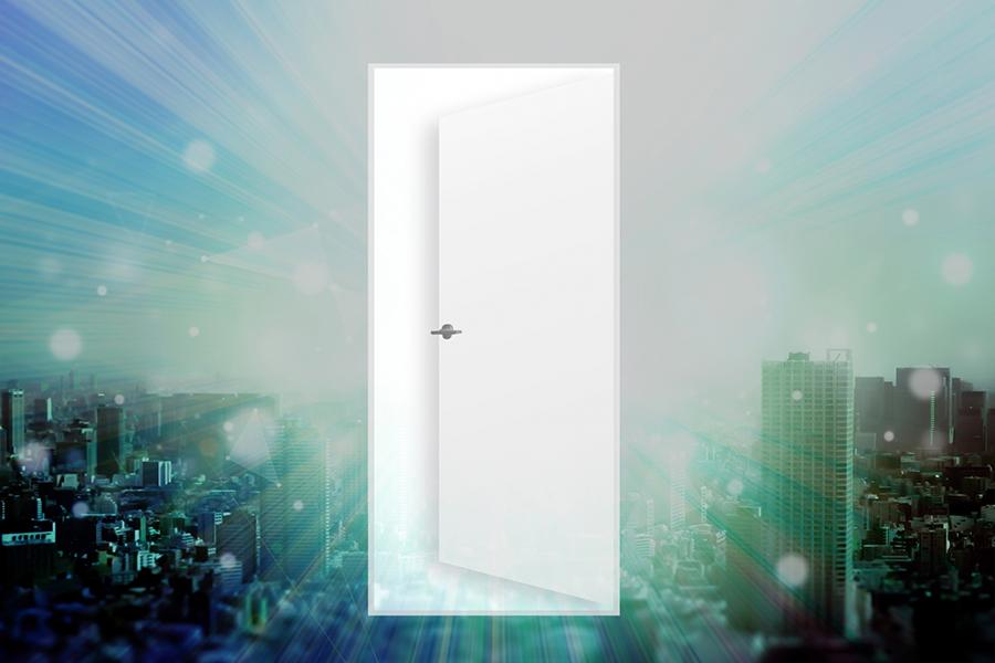 新しい扉のイメージ写真