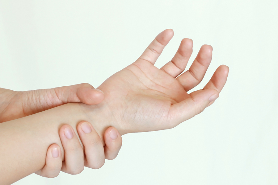 腱鞘炎のイメージ写真